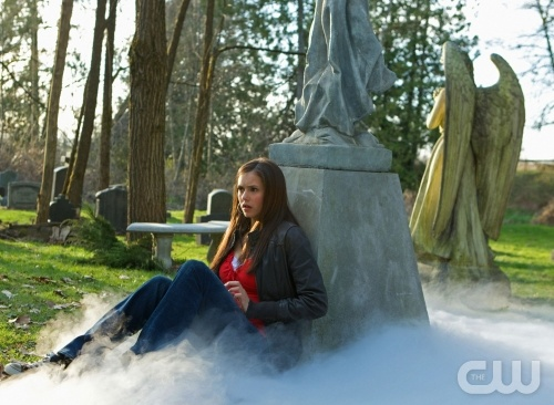 "The Vampire Diaries ""Pilot""-- Pictured Nina Dobrev as Elena in THE VAMPIRE DIARIES on The CW. Photo: Alan Markfield /The CW ©2009 The CW Network, LLC. All Rights Reserved"